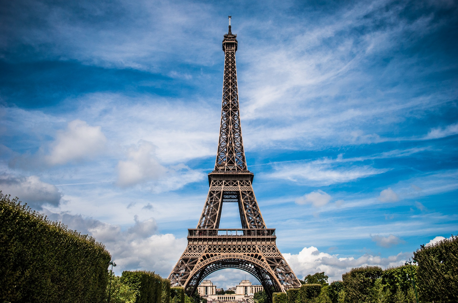 172/Photos/Libres/eiffel-tower-975004_1920.jpg
